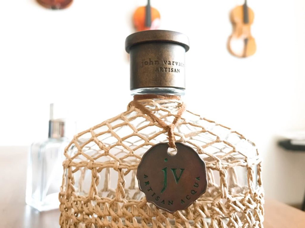 香水瓶のボトル