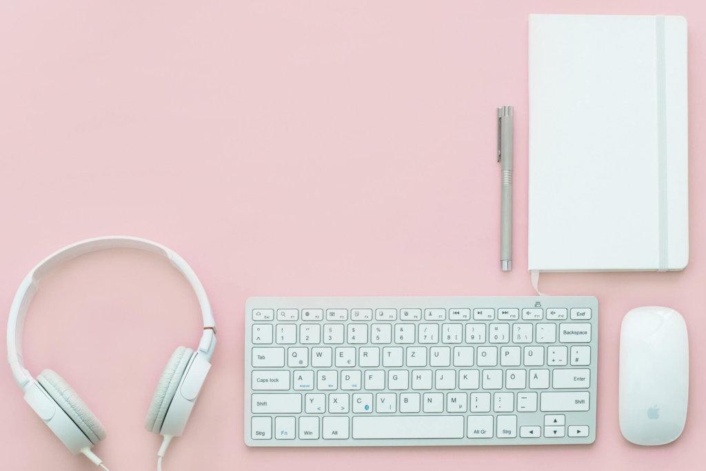 ブログ立ち上げの初期費用と利用しているサービス
