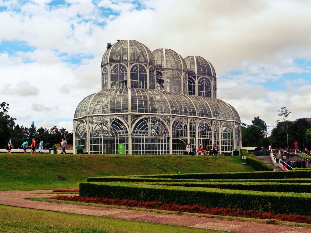 クリチバの植物園。ここが映ったら場面はクリチバ