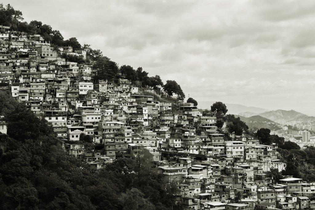 【ブラジル映画の決定版】実話に基づく衝撃作「シティ・オブ・ゴッド」レビュー